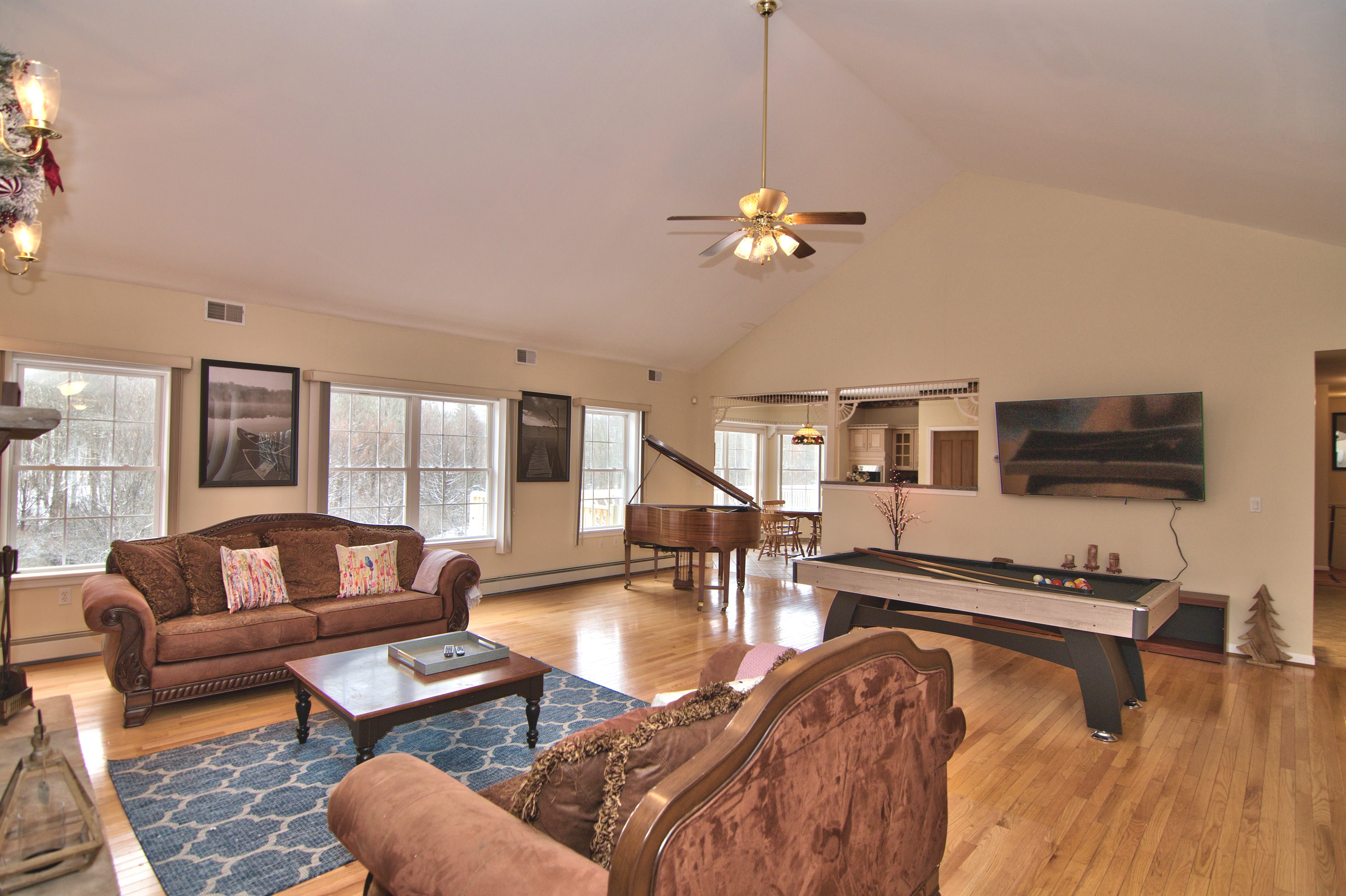 poconos house rentals with private indoor pool
